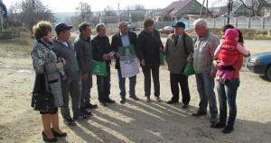 """Campania """"De la ușă la ușă""""  în satul Bursuc, raionul Nisporeni."""