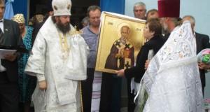 """Sfințirea bisericii """"Adormirea Maicii Domnului"""" din localitatea Călimănești, raionul Nisporeni"""